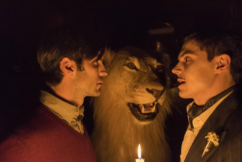 """RECAP: American Horror Story: Hotel S05E08 """"The Ten Commandments Killer"""""""