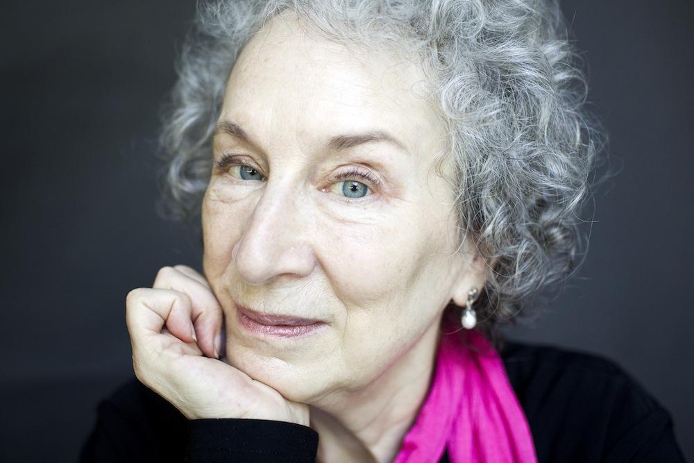 Margaret Atwood escribirá una novela gráfica llamada Angel Catbird