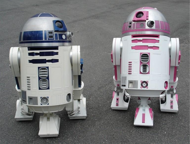 Conoce la historia de R2-KT, la droide rosa