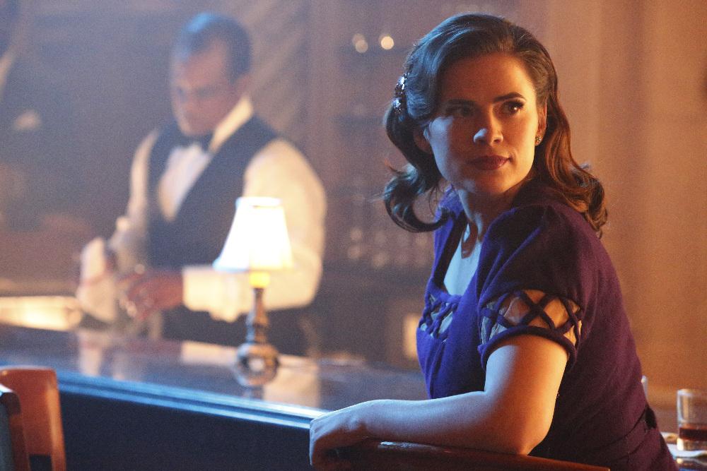 Prepárate para el regreso de Agent Carter con estos dos clips