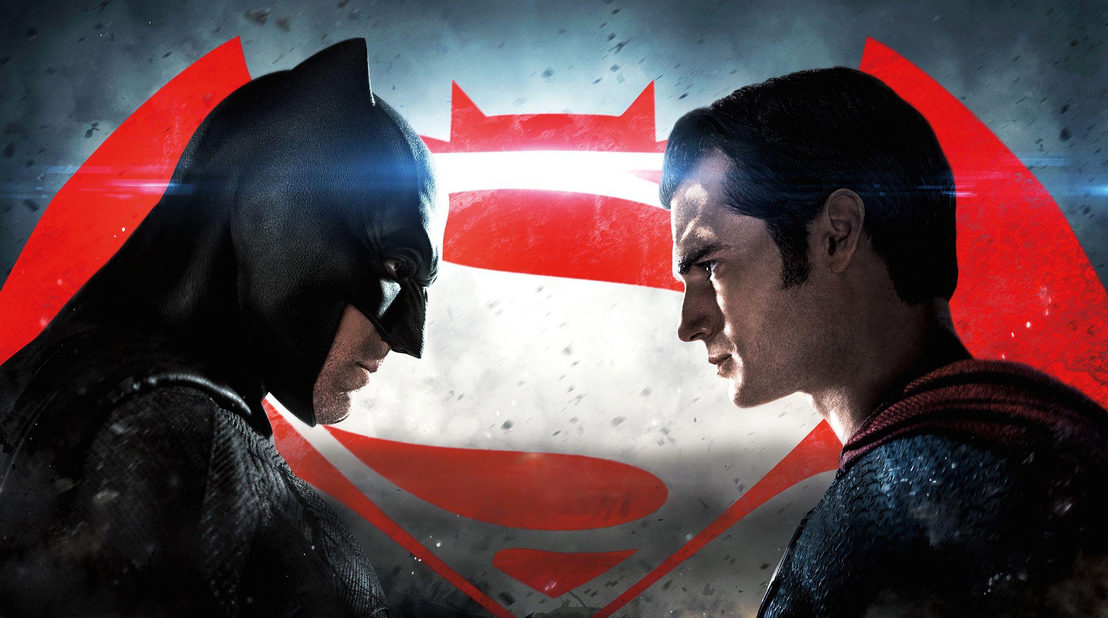 Descubre el juego móvil oficial de Batman v Superman