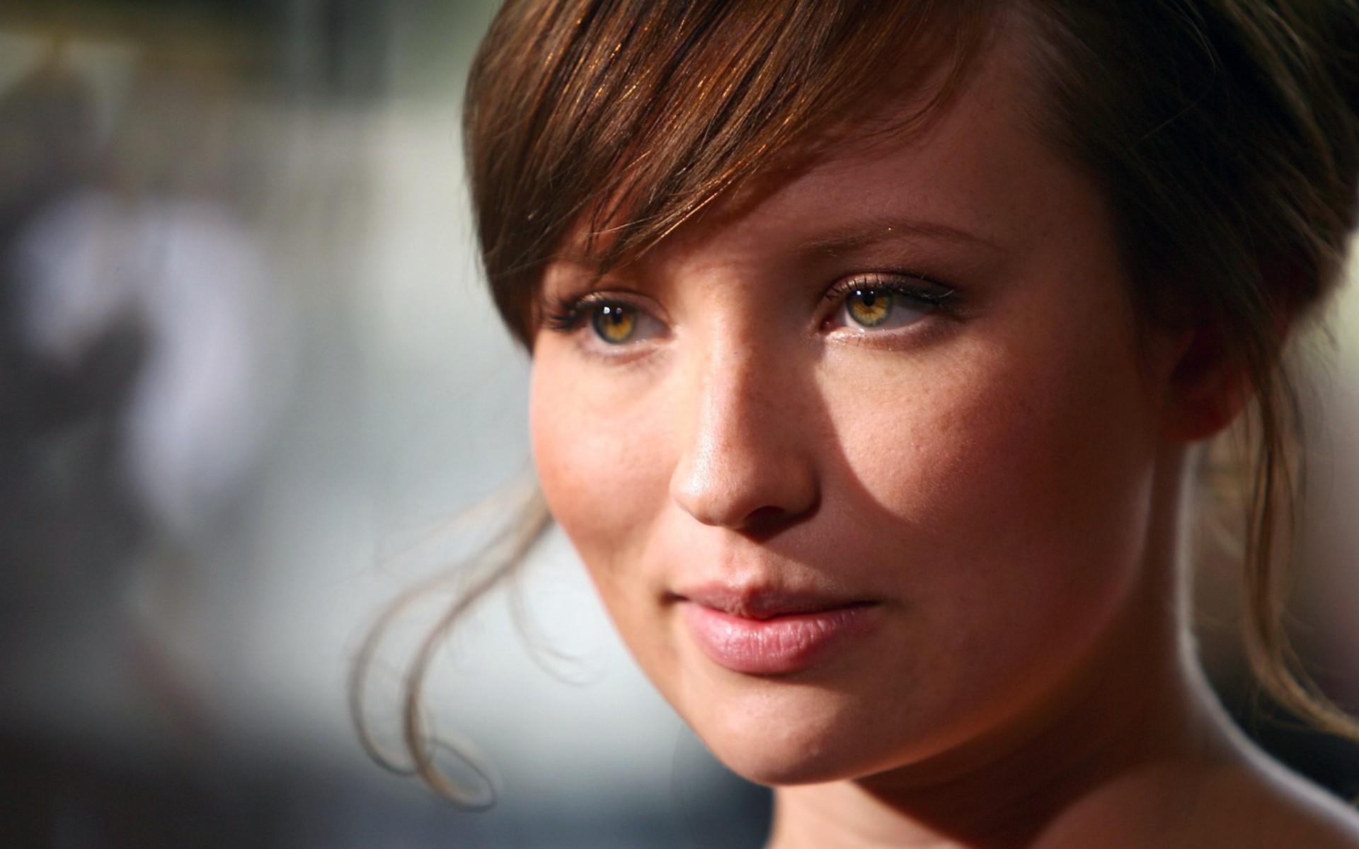 Emily Browning se une al elenco de American Gods