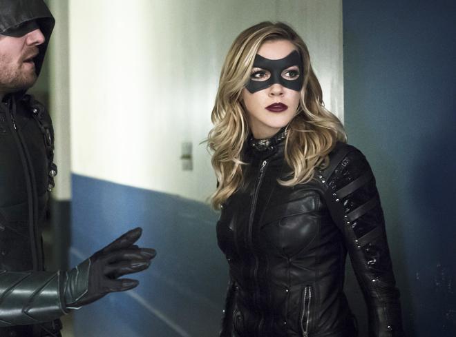 Katie Cassidy aparecerá en The Flash y en la segunda temporada de Vixen