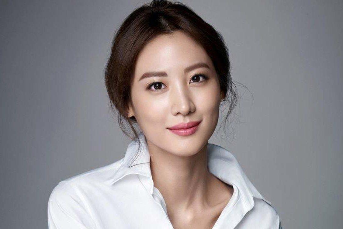 Claudia Kim se une al elenco de La Torre Oscura