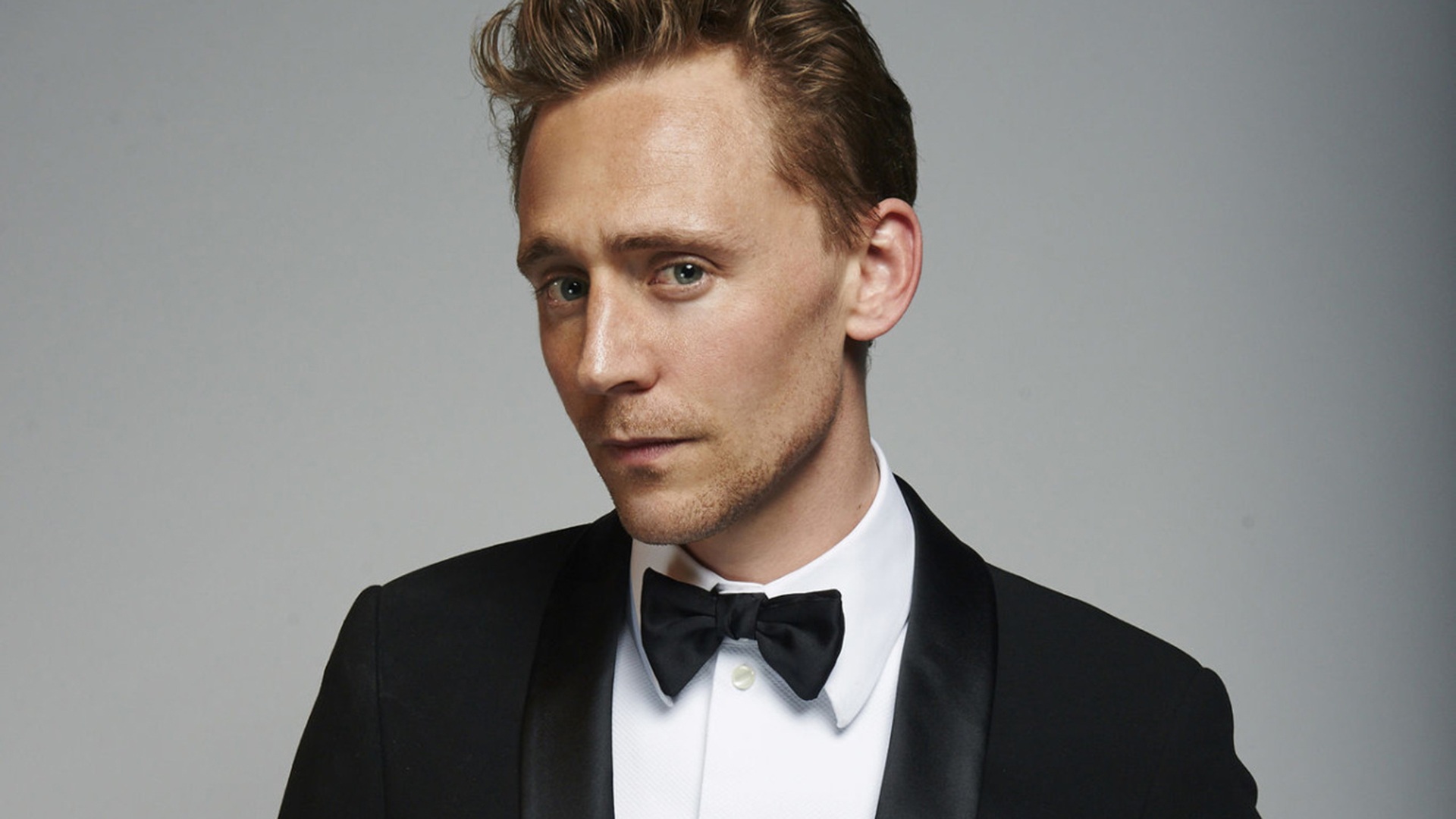 Tom Hiddleston en conversaciones para James Bond