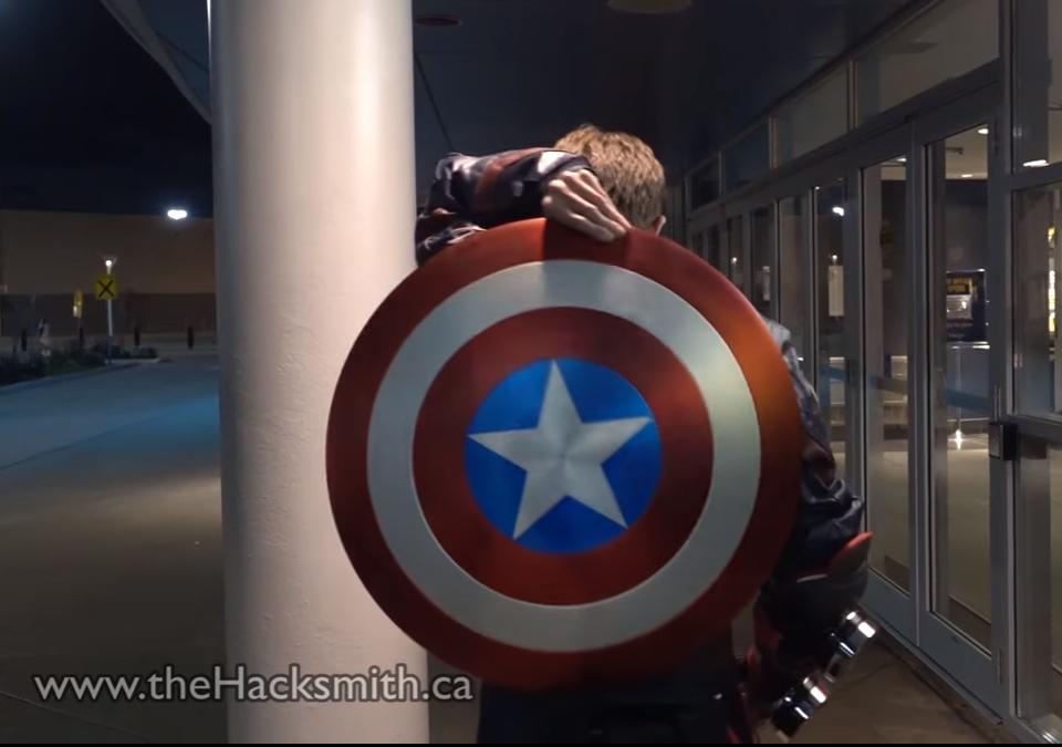 ¡El escudo de Capitán América ahora es real!