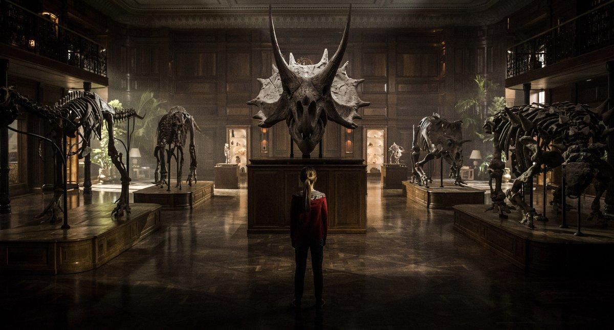 Titulares ModoGeeks: Alien: Covenant, La Bella y la Bestia, Jurassic World y más