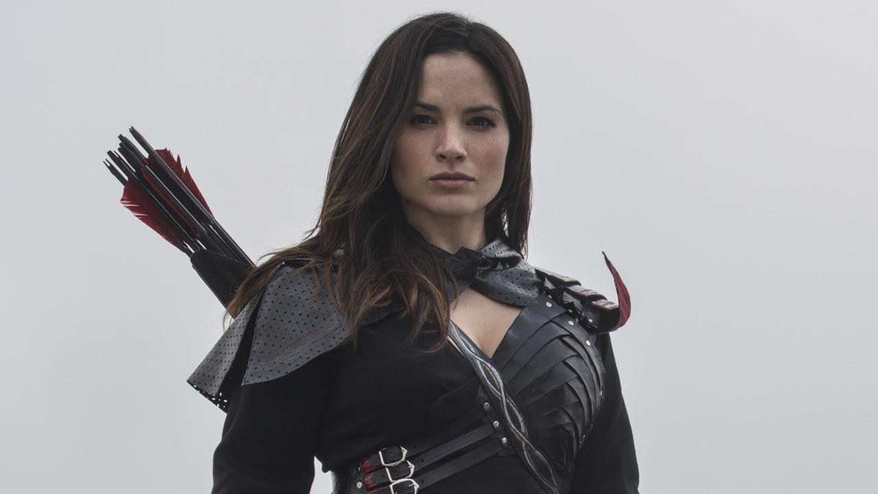 Katrina Law regresará a Arrow como Nyssa al-Ghul